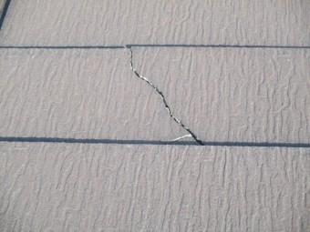 西宮市木造住宅カラーベスト屋根亀裂