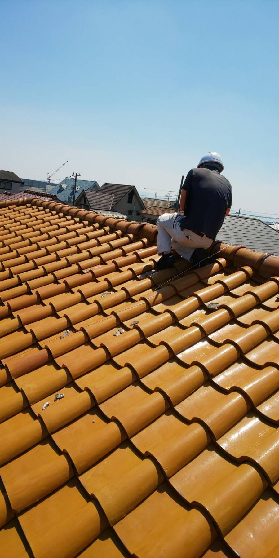 西宮市木造二階建て住宅瓦屋根の点検