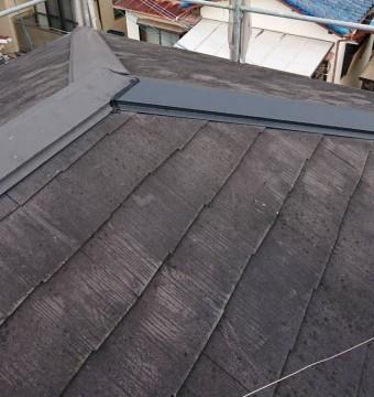 西宮市戸建て住宅カラーベスト屋根棟板金取付補修工事