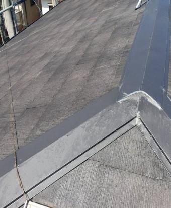 西宮市木造三階建て住宅カラーベスト屋根塗装前補修