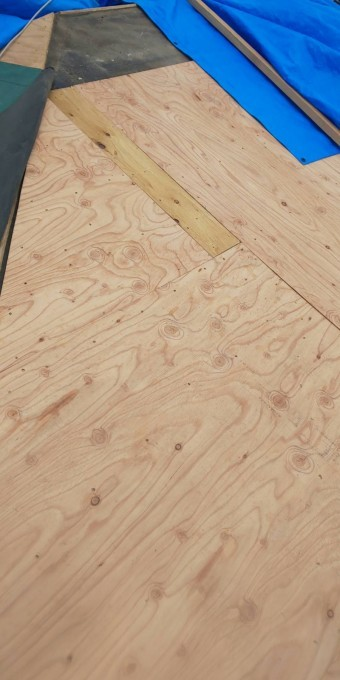 西宮市屋根葺き替え工事下地作業