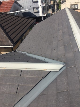 西宮市戸建て住宅の屋根材カラーベストの劣化