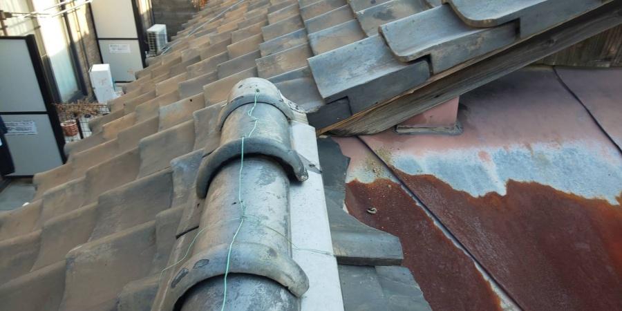 西宮市瓦屋根腐食