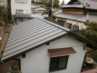 瓦屋根からガルバニュウム鋼板へ