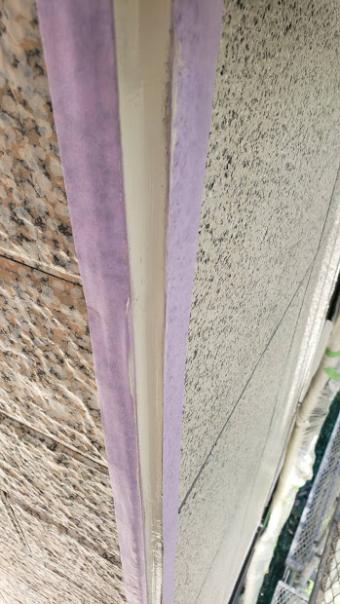 西宮市外壁サイディングたて目地シーリング工事