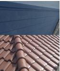 金属屋根水分含有小の屋根