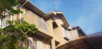 宝塚市築15年スタッコ壁の住宅