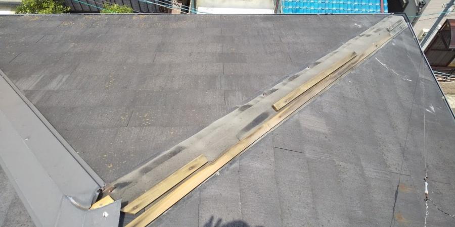 西宮市三階建て住宅カラーベスト屋根棟板金