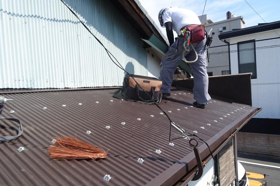 下屋根施工後2
