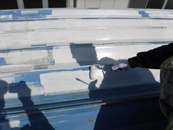 屋根塗装工事下地塗装3