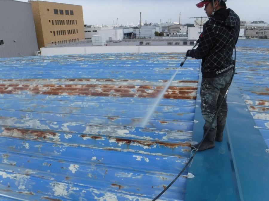 屋根塗装工事水洗い1