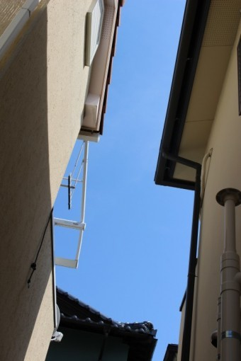 テラス屋根材落下現場3