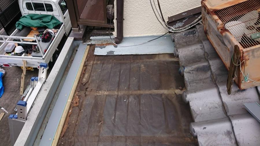 下屋根葺替え3