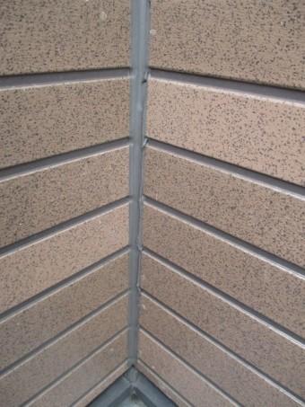 西宮市外壁窯業系サイディング目地部分