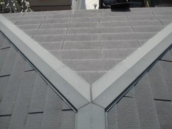 西宮市カラーベスト屋根板金コーキング亀裂