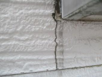 西宮市窯業系サイディング壁亀裂現象