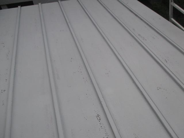 芦屋市茶屋之町木造住宅に使用されている瓦棒の屋根