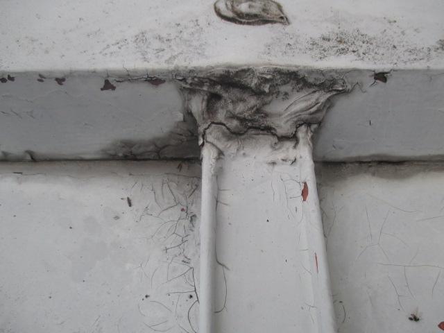 芦屋市茶屋之町にて築20年以上経過している瓦棒屋根の劣化被害