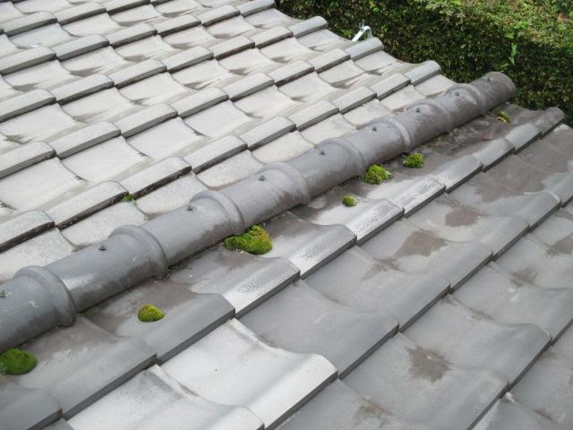 三田市築50年以上経過している屋根瓦