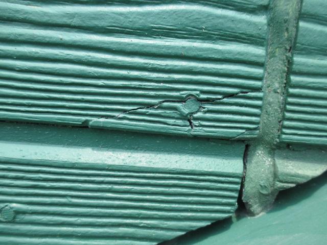 西宮市木造二課建て住宅木質サイディング壁亀裂