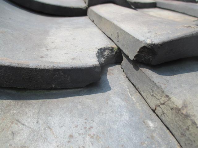 宝塚市50年以上使用している瓦屋根破損