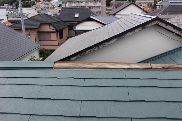 台風被害棟包み飛散4