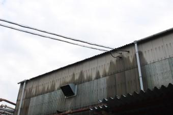 尼崎市工場雨樋修理1