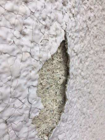 壁塗装剥がれ