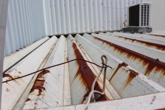 工場屋根雨漏り3