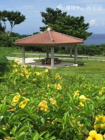 沖縄の赤瓦