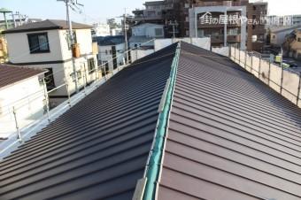 伊丹市屋根材張り作業6
