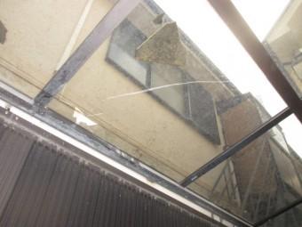 駐車場の屋根
