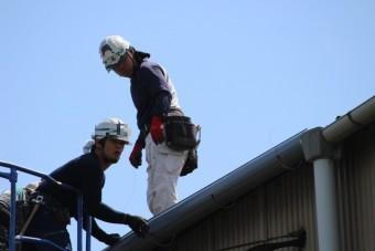 尼崎市工場雨樋修理9