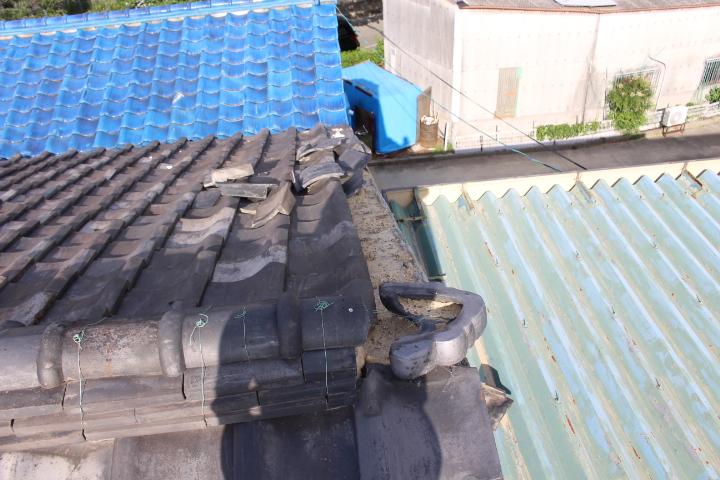 瓦屋根台風被害1