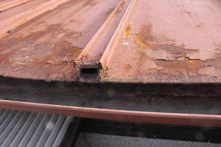 金属板瓦棒葺き