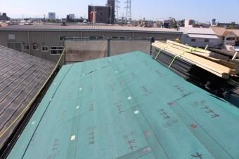 尼崎市屋根カバー工事1