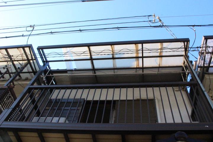 テラス屋根修理前1