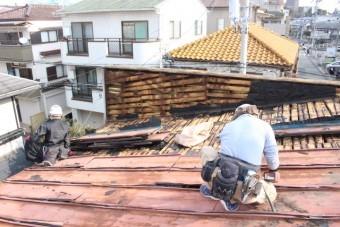 屋根葺き替え施工中2