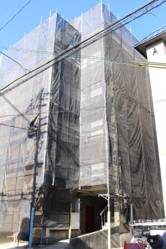 賃貸マンション屋根修理1