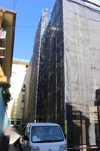 賃貸マンション屋根修理2