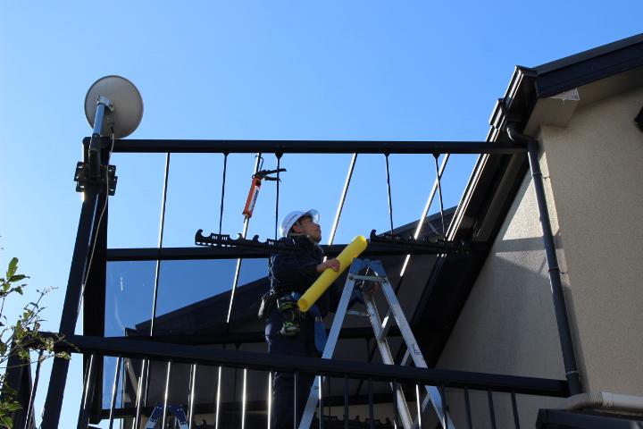 テラス屋根修理施工中1