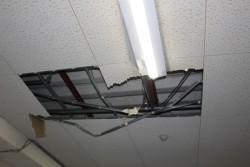 天井修理前1