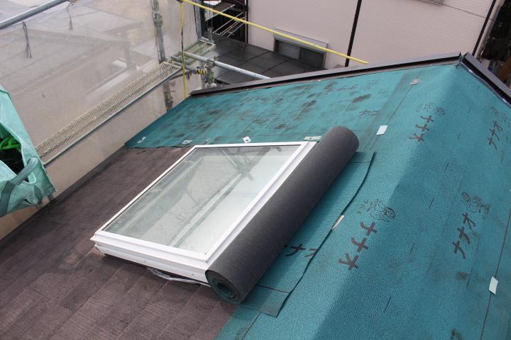 西宮天窓交換屋根カバー2