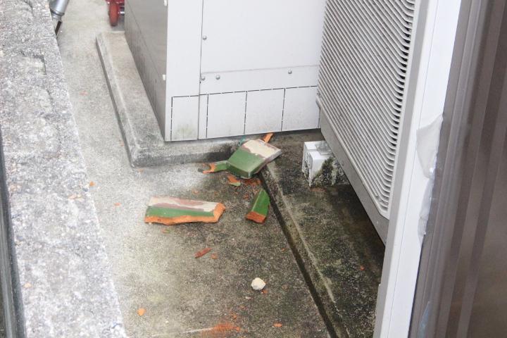 宝塚市瓦修理現場4
