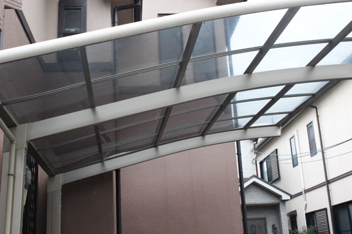 車庫屋根ポリカ板修理3