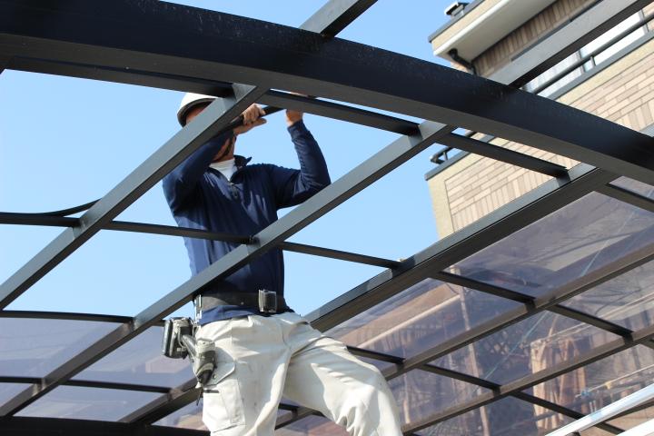 車庫の屋根修理1