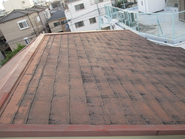 西宮市屋根材カラーベスト傷みが激しい