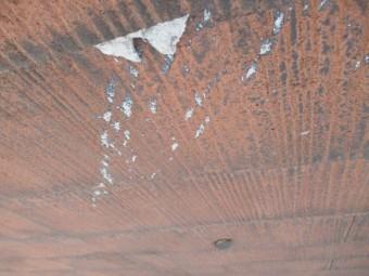 西宮市カラーベスト屋根表面破損